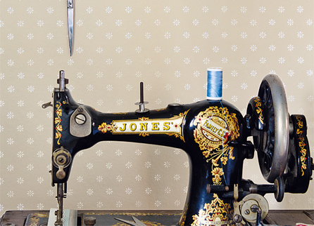 Cole & Son Archive Anthology обои Victorian Star