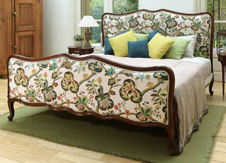 Salda Bed L.XV beech with golden detail Кровать